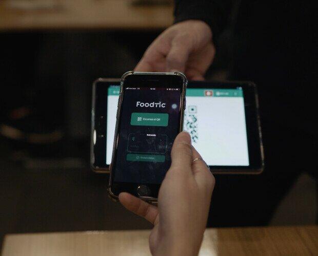 Programa TPV para hostelería. Muestra un QR personalizada para cada mesa desde la tablet del camarero.