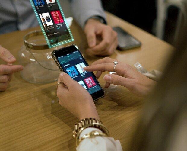 Carta Digital Interactiva. Carta Interactiva conectada al TPV. Pura innovación de sala.