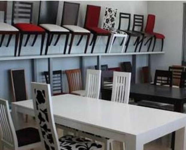 sillas y mesas. conjuntos de sillas y mesas