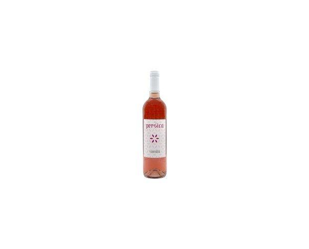 Rosado Persica. Los viñedos están a una altitud de 450m que favorecen la maduración