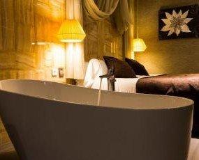 Cupón regalo noches de hotel. Cada noche será disfrutada por 2 personas en una habitación doble