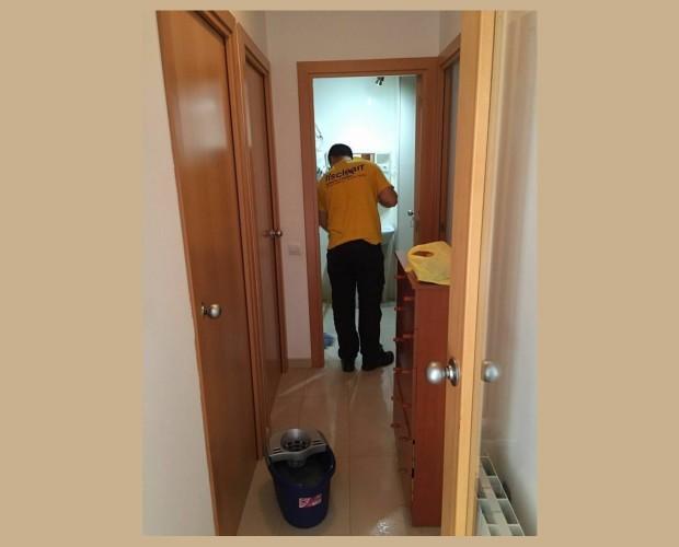Limpieza de hogares. Ayuda a domicilio