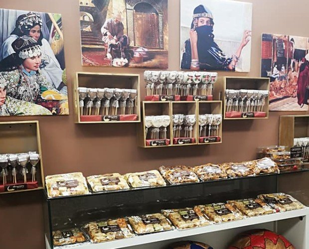 Dulces Árabes y Marroquís. Ofrecemos más de 30 variedades de dulces artesanales árabes y marroquís