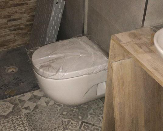 Reformas de baños. Garantizamos cada trabajo