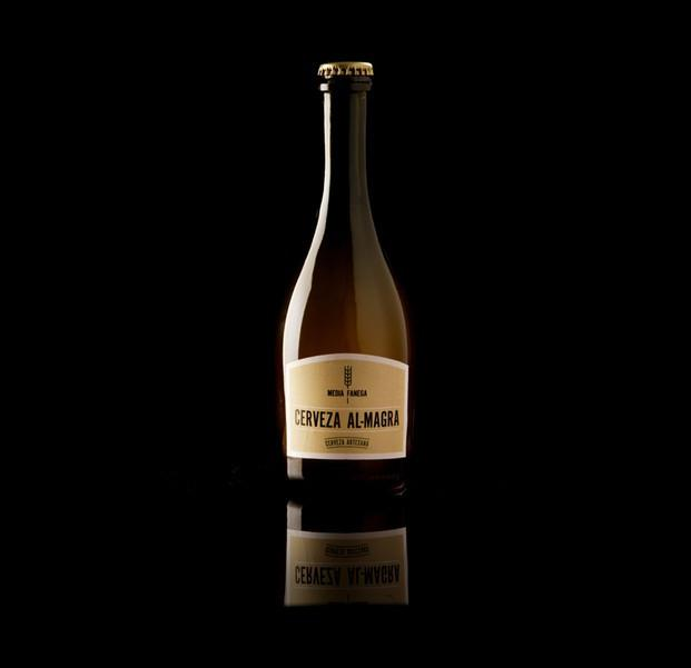 Cerveza  AL-MAGRA. Cerveza gourmet, lupulosa, sin filtrar con post-gusto semiamargo