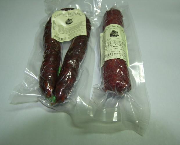 Chorizos. Chorizo de jabalí y cerdo