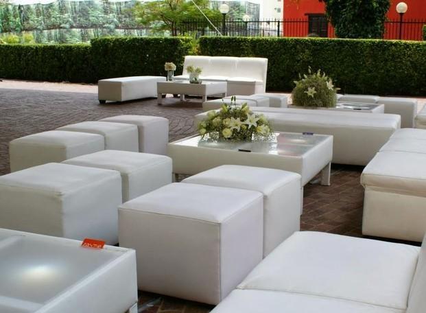 Im genes de decoambient alquiler de mobiliario bodas - Proveedores de mobiliario ...