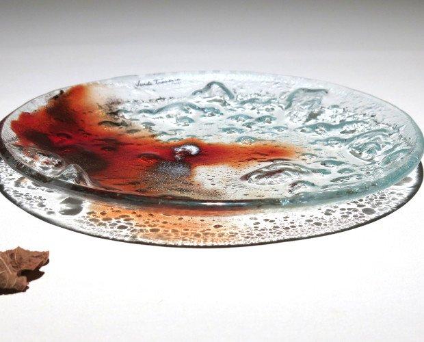 PLATO VOLCÁNICO. Plato funcional y decorativo con textura. 20 cm.