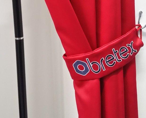 Bordados Publicitarios.bordado de logo realizado en los talleres de obretex