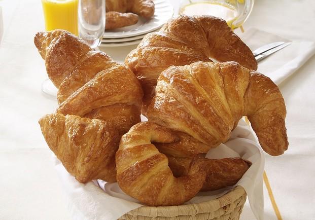 Croissants. Bollería congelada