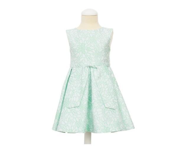 Vestido para Niña. Confeccionado en tejido brocado en tonos verdes y plata.Botones bordados en la espalda.