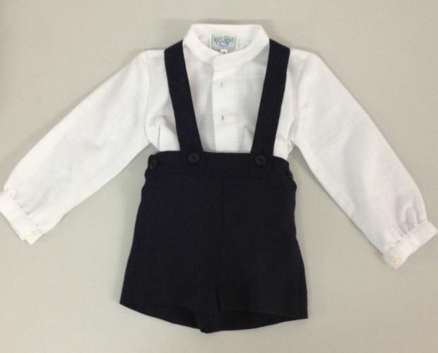 Conjunto Madison. Camisa con detalles en blanco y pantalón con tirantes en pique.