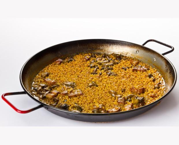 Arroz de secreto ibérico y setas. Delicioso arroz