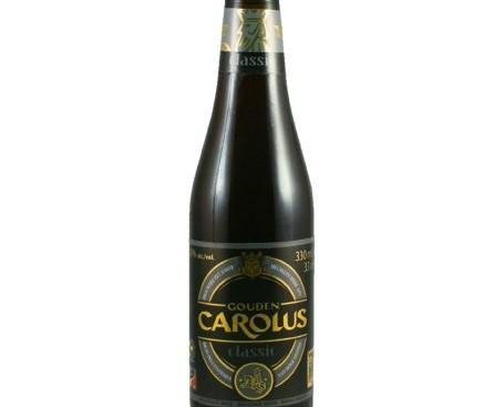 Gouden Carolus Classic. Color ambarino muy oscuro