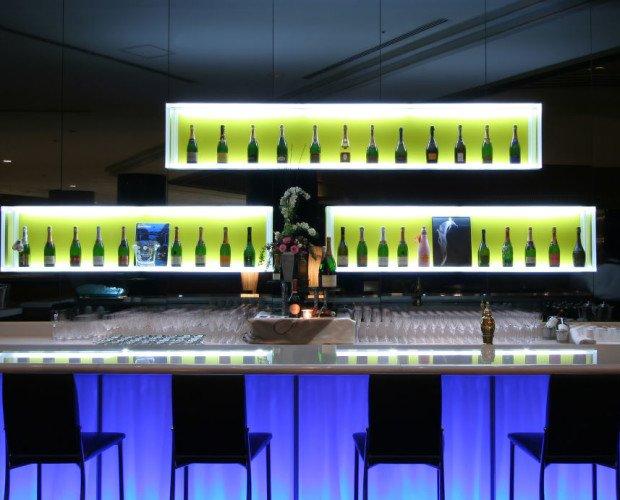 Barras de Bar Iluminadas para Hostelería.Ambientación de espacios