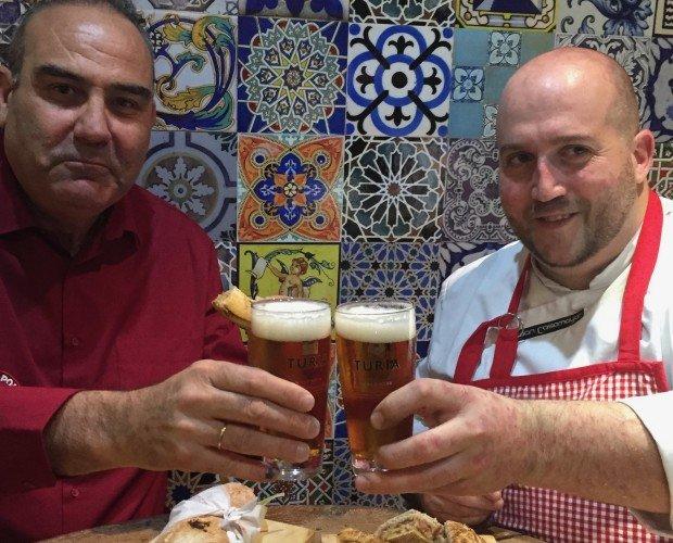 Chef Casamayor. Jose Luis Artiles, CEO de Black Pork junto al Chef Juan Casamayor