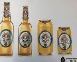Cerveza Radler. Radler es efervescente, con el sabor inigualable del refrescante limón
