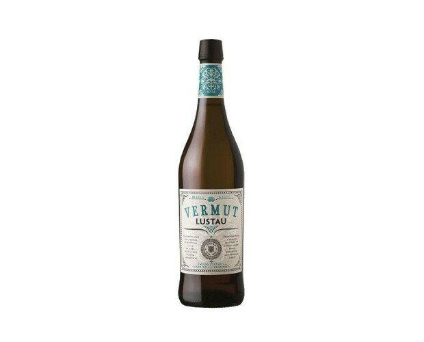 Lustau Blanco. Mezcla de vino Moscatel dulce y vino seco, con botánicos característicos de las tierr
