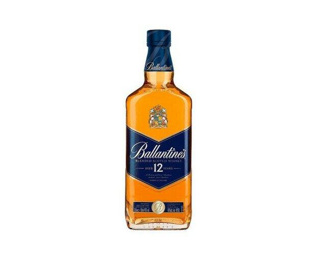 Ballantine's Blue. Es un escocés producto de la mezcla de diferentes whiskys dulces
