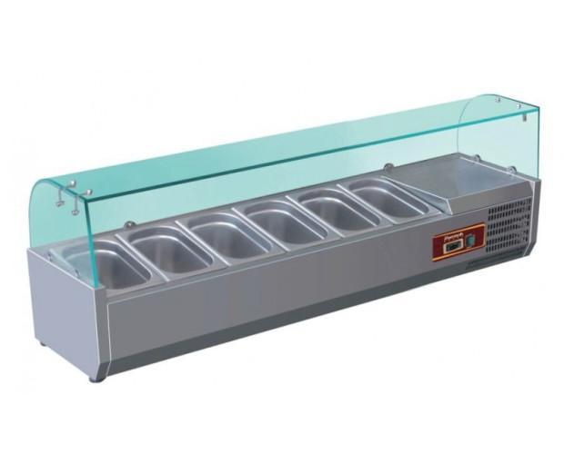 Vitrina refrigerada para ingredientes. Capacidad para 6-10 cubetas, según medidas