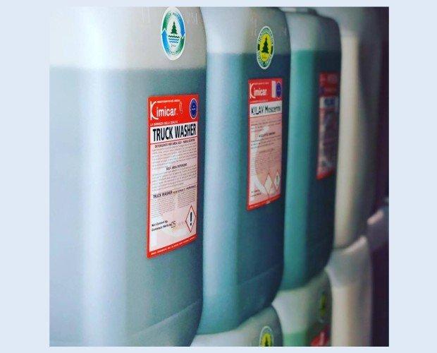 Productos Químicos profesionales . Productos químicos de limpieza