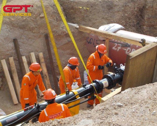 GPT SERVICES. Hot Tapping Line Stopping.   Servicios en ductos de línea viva