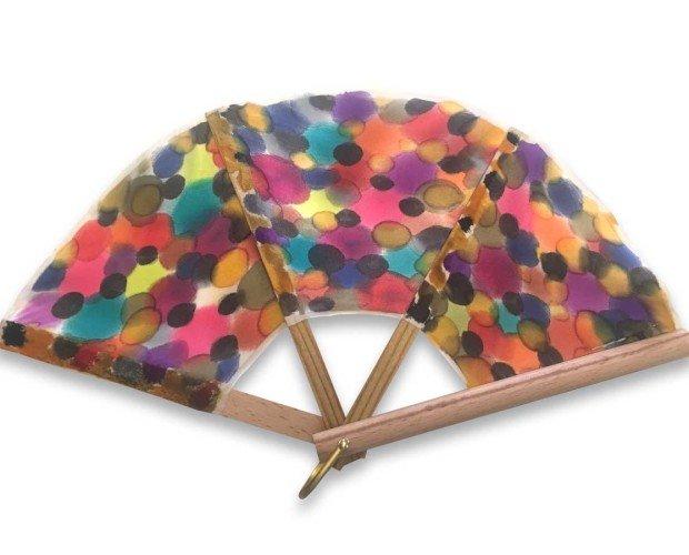 Abanico Silkfull NH24. Pequeñas gotas de pinturas de mil colores a modo de lunares
