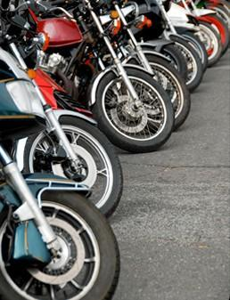 Recambios para Automóviles. Neumáticos. Neumáticos para motos y coches
