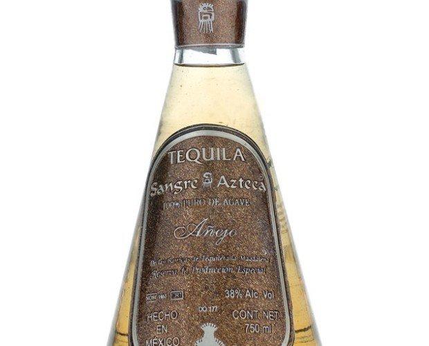 Tequila Añejo. Maduración en barricas de Roble Blanco durante 18 meses