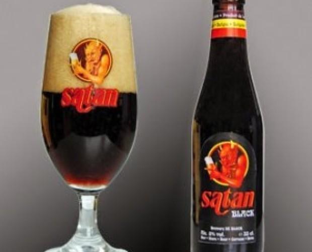 Satan Black. Cerveza artesanal belga negra, 8% de alcohol