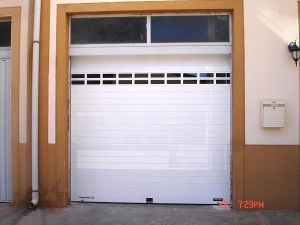 Puertas automáticas. Materiales de calidad