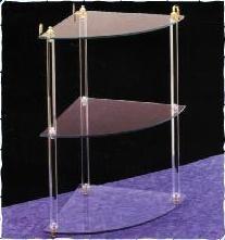 Vidrio. Mostradores hechos de vidrio
