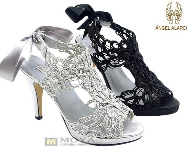Calzado de Mujer. Sandalias de Tacón. Sandalia bordado de Fantasía