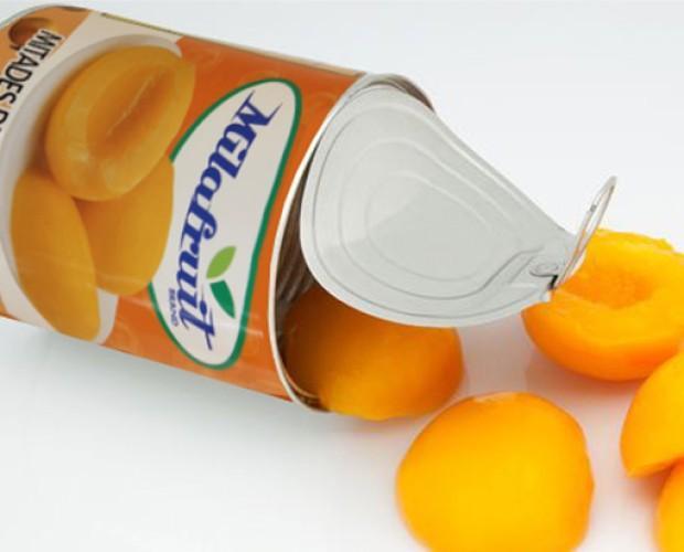 Conservas de Frutas.Los melocotones en conserva son sabrosos