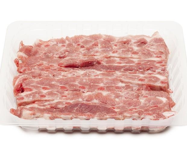 Carne de Cerdo.Costilla de cerdo cortada a churrasco