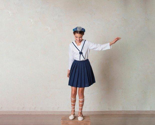 Falda de Marinero. Conjunto de comunión marinero con falda, una alternativa muy original y cómoda.