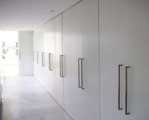 Fabricación de puertas. Armarios, puertas, cajones