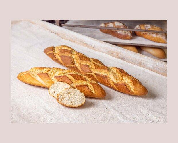 Castellana. Pan original de Andalucía. Pan de máquina con miga muy prieta y tupida