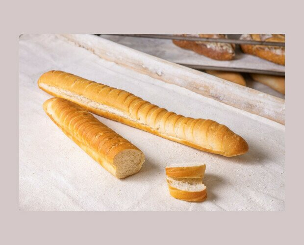 Pan de Nieve. Pan con un ligero toque a mantequilla. Con corteza muy suave y miga esponjosa