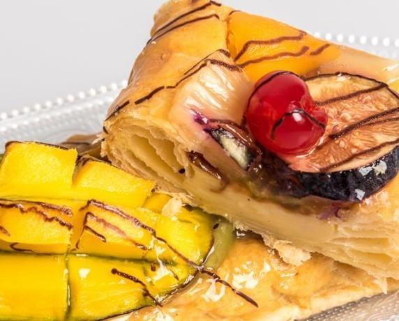 Pastelería sin Gluten. Bollería sin Gluten. Hojaldre con frutas sin gluten y sin lactosa