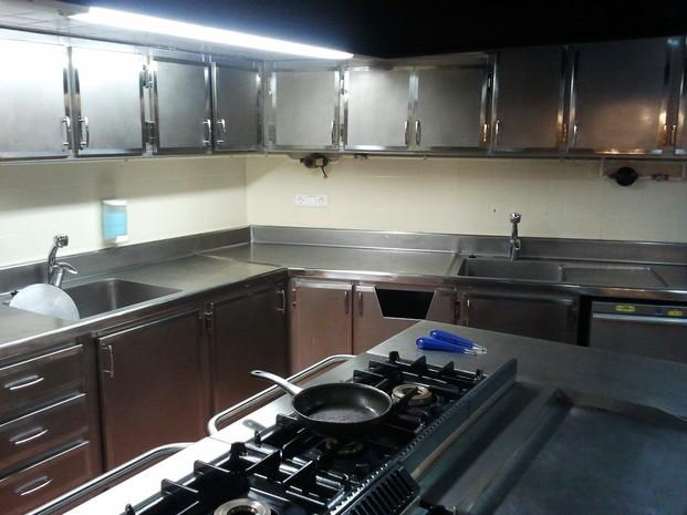 Mobiliario acero inox. Conjunto de muebles en acero inoxidable para cocina industrial