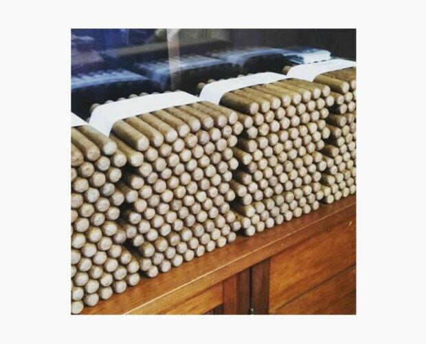 Tabacos Premium. Distribuimos a más de 14.000 puntos de venta.