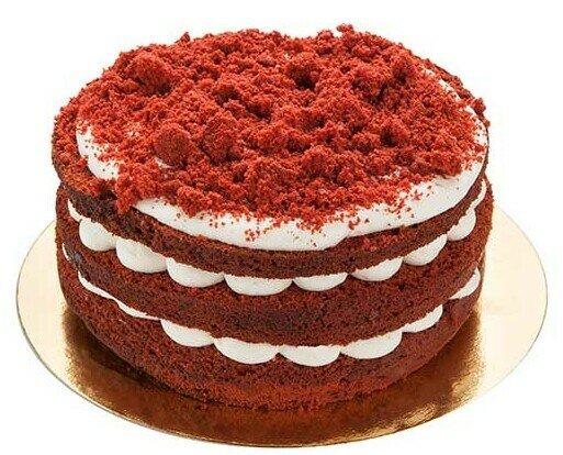 Tarta Red Velvet. Tarta con bizcocho de cacao a la frambuesa y frosting de queso y crumble Red Velvet.