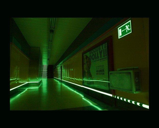 Balizamiento Fotoluminiscentes. Para vías de evacuación y marcaje de obstáculos