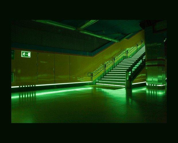 Canal Fotoluminiscente. Incluimos soluciones antiderrapantes para aplicación en suelos