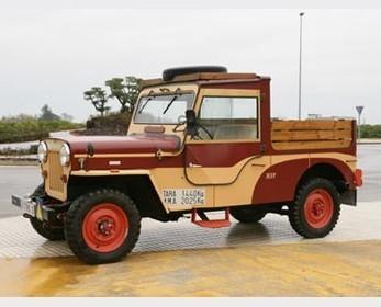 Alquiler de coches clásicos. Jeep Ebro Viasa CJ-6