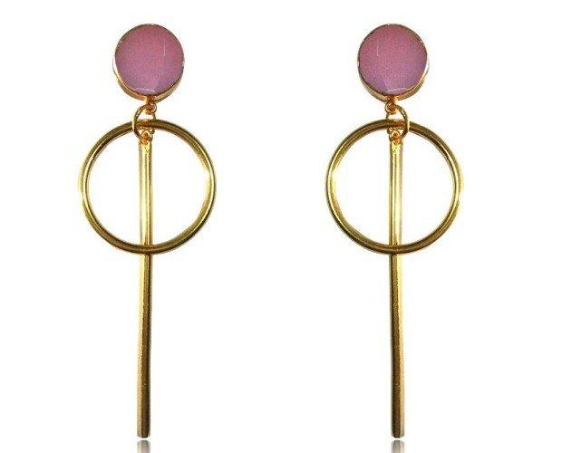 Canela rosa. Diseño en cuarzo rosa y baño de oro de 24k