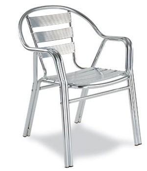 Mobiliario para hostelería. Sillas, mesas, taburetes