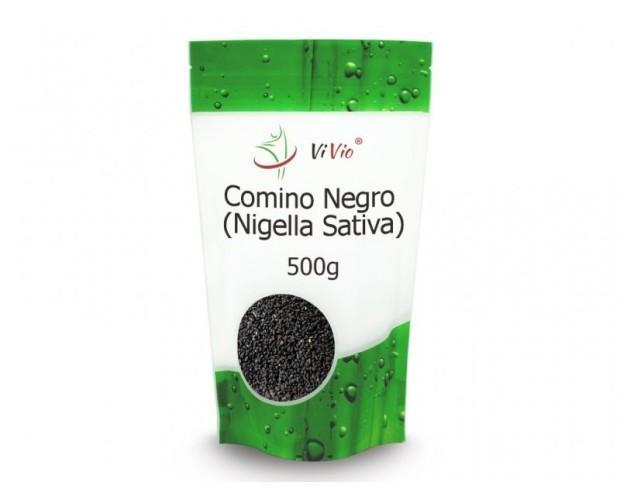 Nigella sativa. Las semillas contienen varios ácidos grasos, proteínas, aceites esenciales y vitaminas
