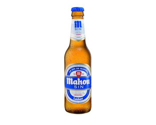 Botellas de Cerveza con Alcohol.El sabor dela cerveza de siempre, sin alcohol